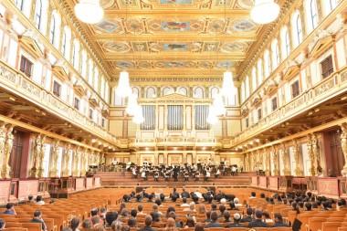 玉川学園|ウィーン楽友協会ホール黄金の間での演奏