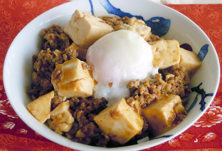 豆腐 丼 卵
