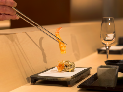 「中津川」天ぷらコース 桃(7,000円)食事券