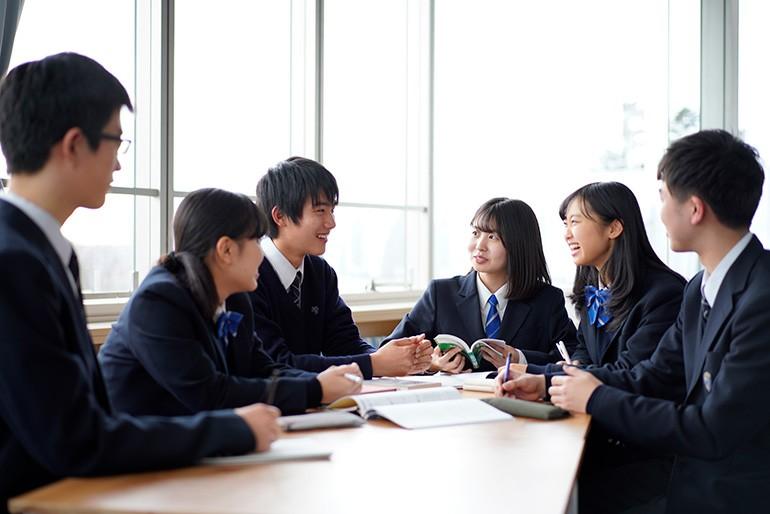 桐 蔭 学園 高校